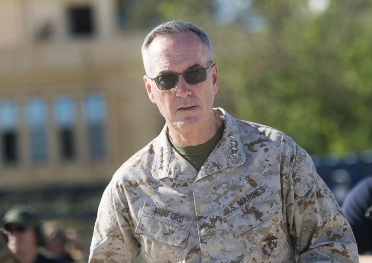 Entretien de la presse avec le général Joseph Dunford, CEMA américain
