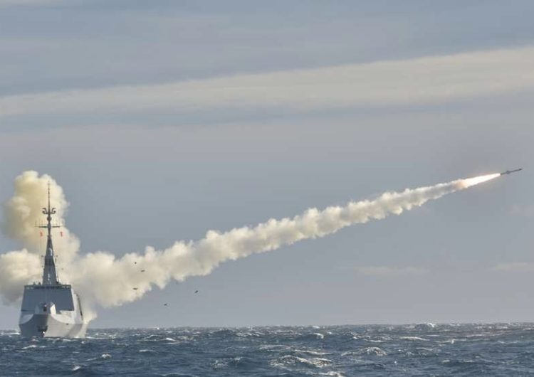 Le Missile de Croisière Naval (MdCN) : ultima ratio regum ?