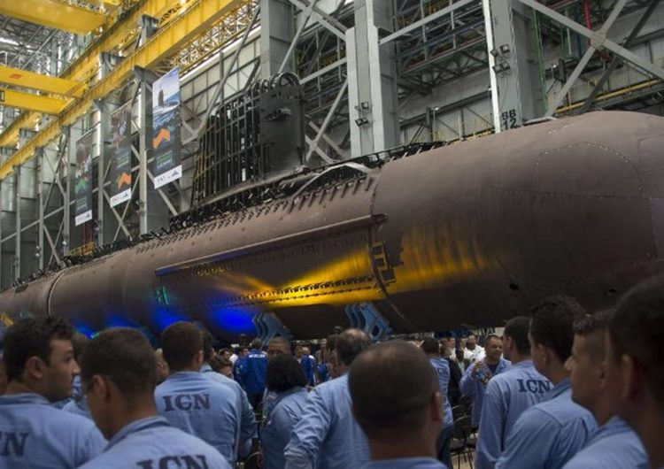 Brésil : livraison du sous-marin Riachuelo produit par Naval Group