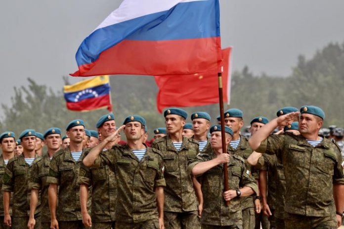 Arrivée de troupes russes à Caracas – vers un engagement militaire de Moscou au Venezuela