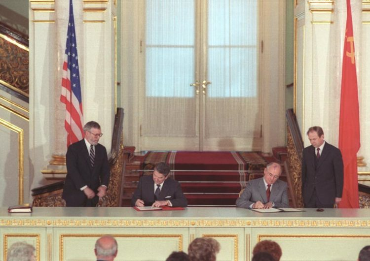 RUSSIE / ETATS-UNIS : Le FNI, au crépuscule de l'ancien-monde