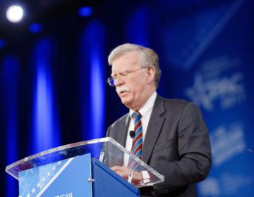 Limogeage de John Bolton: enjeux et perspectives